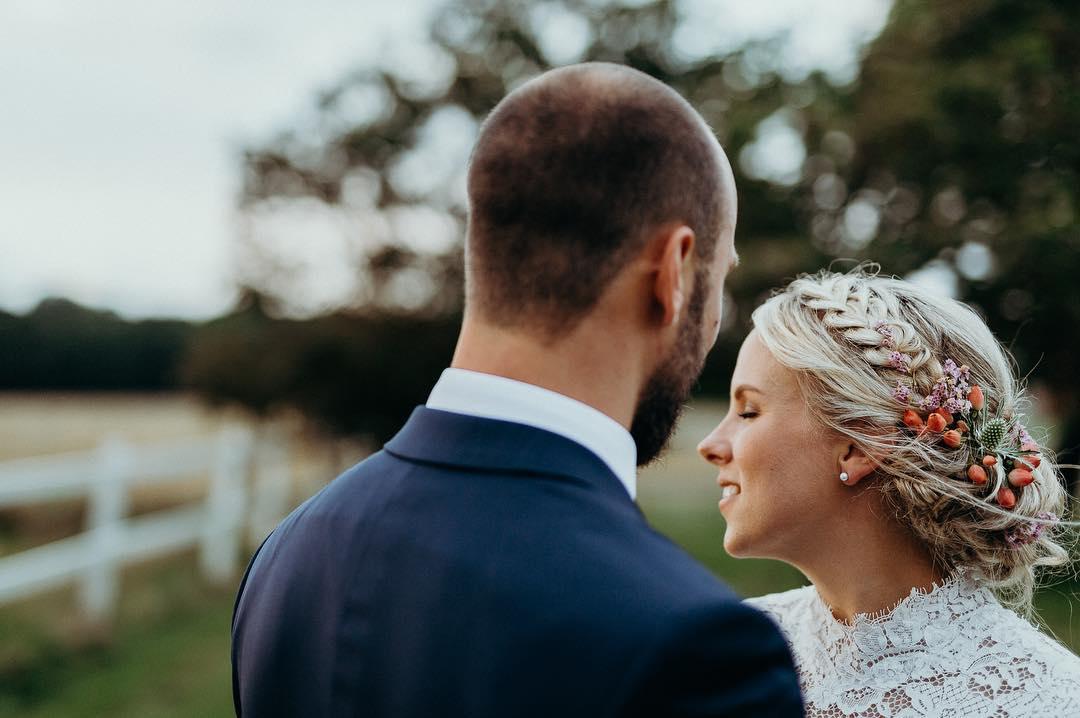 Brudemakeup og bryllupshår