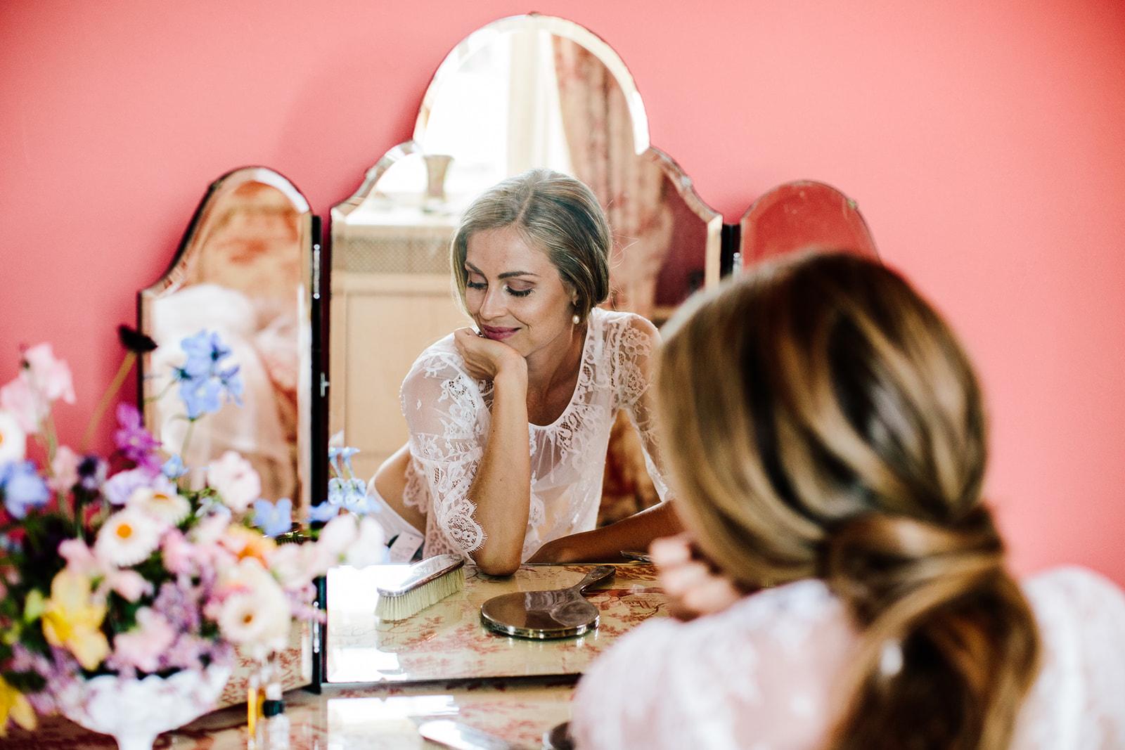 Brudemakeup og brudehår bytinajakobsen-makeup-hår-brudehår-brudemakeup-rosenholm-slot